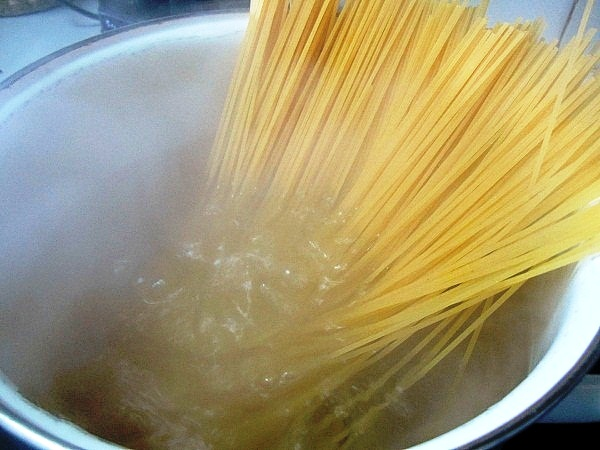 espaguetis-con-salsa-de-tomates (3)
