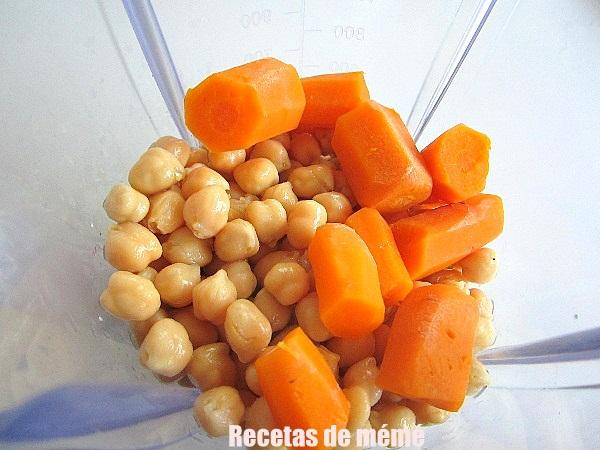 hamburguesas-de-garbanzos-y-zanahorias (1)